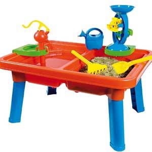 homokozo-vizezo-asztal-az-erkelyre-fiusjatekok